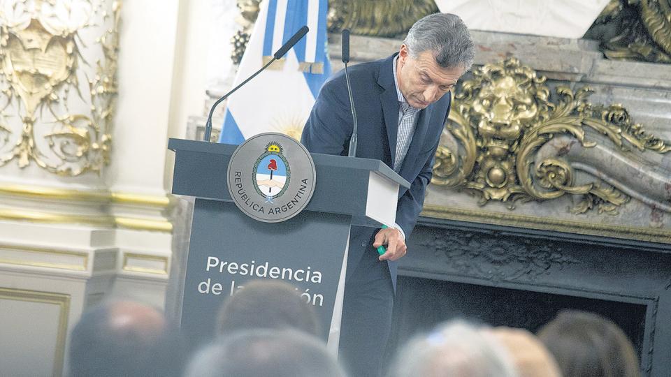 http://www.lacorameco.com.ar/imagenes/Macri_5.jpg