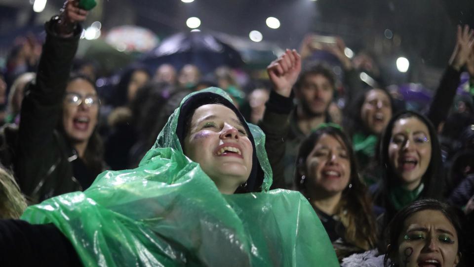 http://www.lacorameco.com.ar/imagenes/aborto.jpg