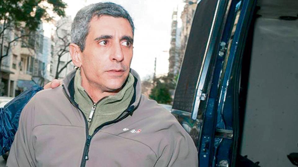 http://www.lacorameco.com.ar/imagenes/baratta.jpg