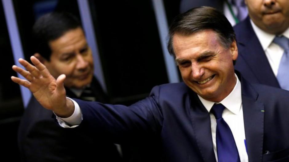 http://www.lacorameco.com.ar/imagenes/bolsonaro.jpg