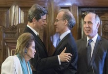 http://www.lacorameco.com.ar/imagenes/cortesuprema_12may.jpg