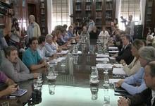 http://www.lacorameco.com.ar/imagenes/docentes_7feb.jpg
