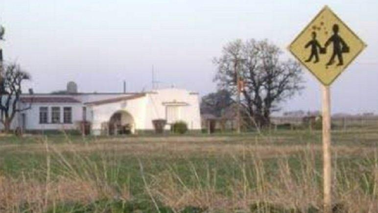 http://www.lacorameco.com.ar/imagenes/esc_rural.jpg