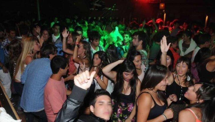 http://www.lacorameco.com.ar/imagenes/fiesta_clan.jpg