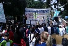 http://www.lacorameco.com.ar/imagenes/gualeguaychu_21oct.jpg