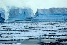 http://www.lacorameco.com.ar/imagenes/iceberg_6ene.jpg