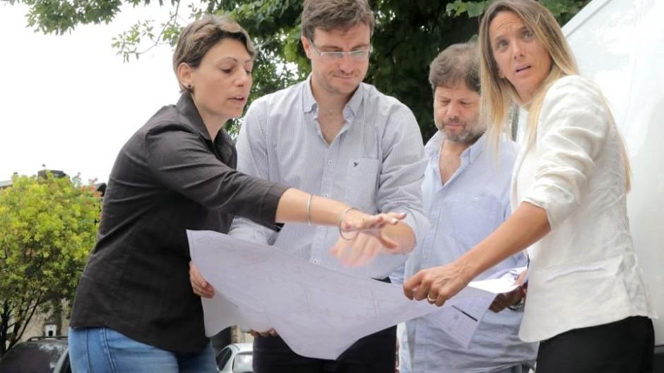 http://www.lacorameco.com.ar/imagenes/malena_obras.jpg