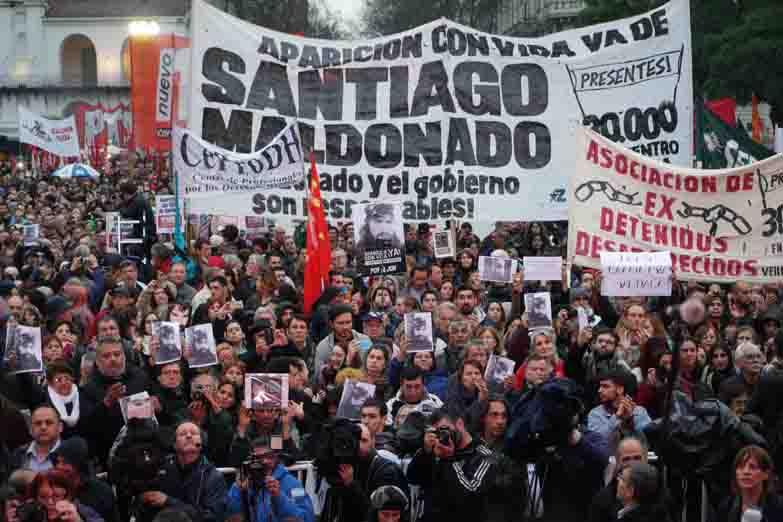 http://www.lacorameco.com.ar/imagenes/santiago-maldonad.jpg