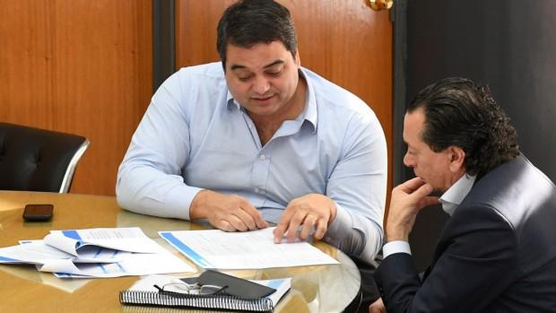 http://www.lacorameco.com.ar/imagenes/sica_triacca.jpg