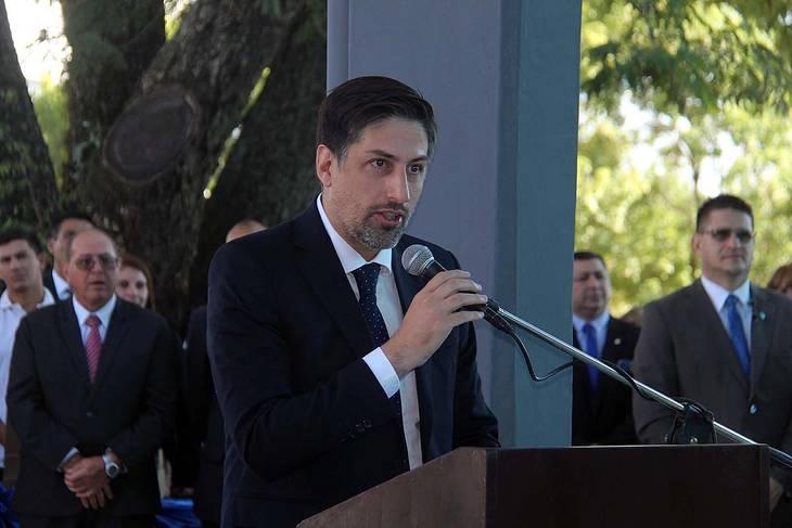 http://www.lacorameco.com.ar/imagenes/trotta2.jpg